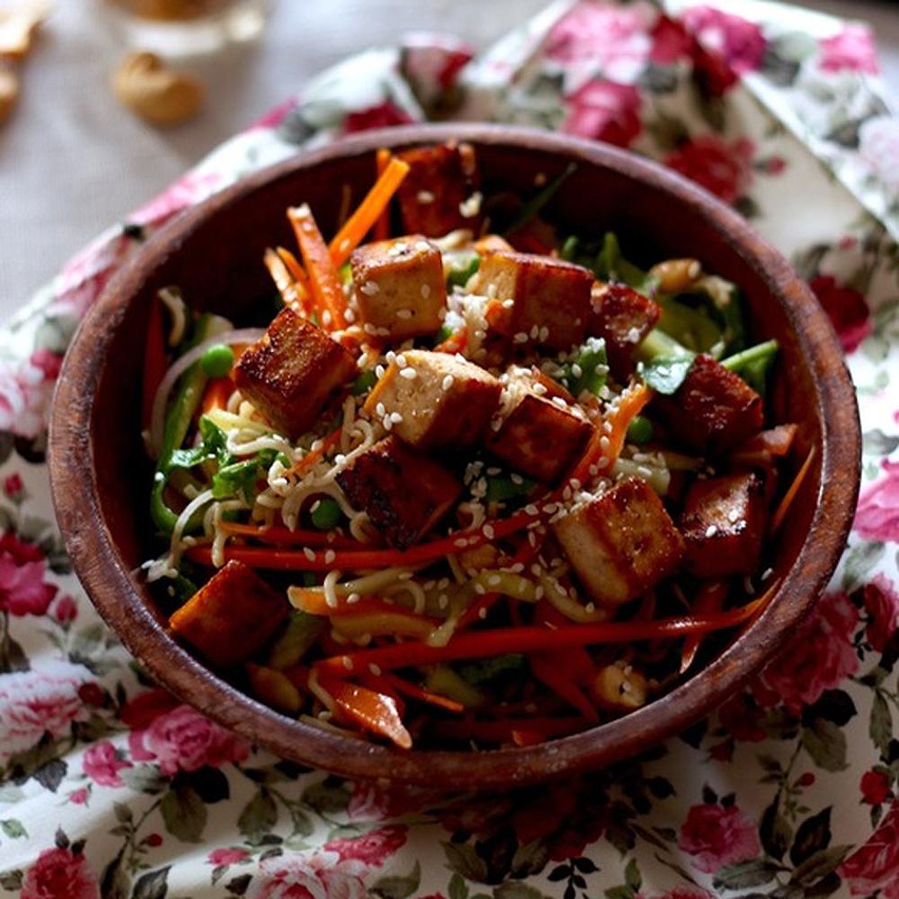 Salade asiatique au tofu mariné   cuisine   blogue   pratico pratique