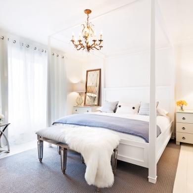 Chambre au style classique intemporel chambre for Chambre a coucher romantique pas cher