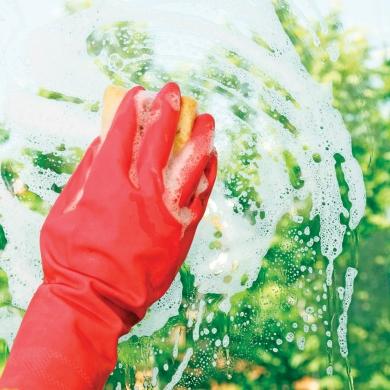 Trucs pour bien nettoyer les vitres trucs et conseils d coration et r nov - Comment bien nettoyer des vitres ...
