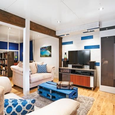 un sous sol familial aux accents de bleu sous sol avant apr s d coration et r novation. Black Bedroom Furniture Sets. Home Design Ideas