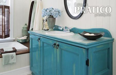 vieillir un meuble lavabo en beaut salle de bain avant apr s d coration et r novation. Black Bedroom Furniture Sets. Home Design Ideas