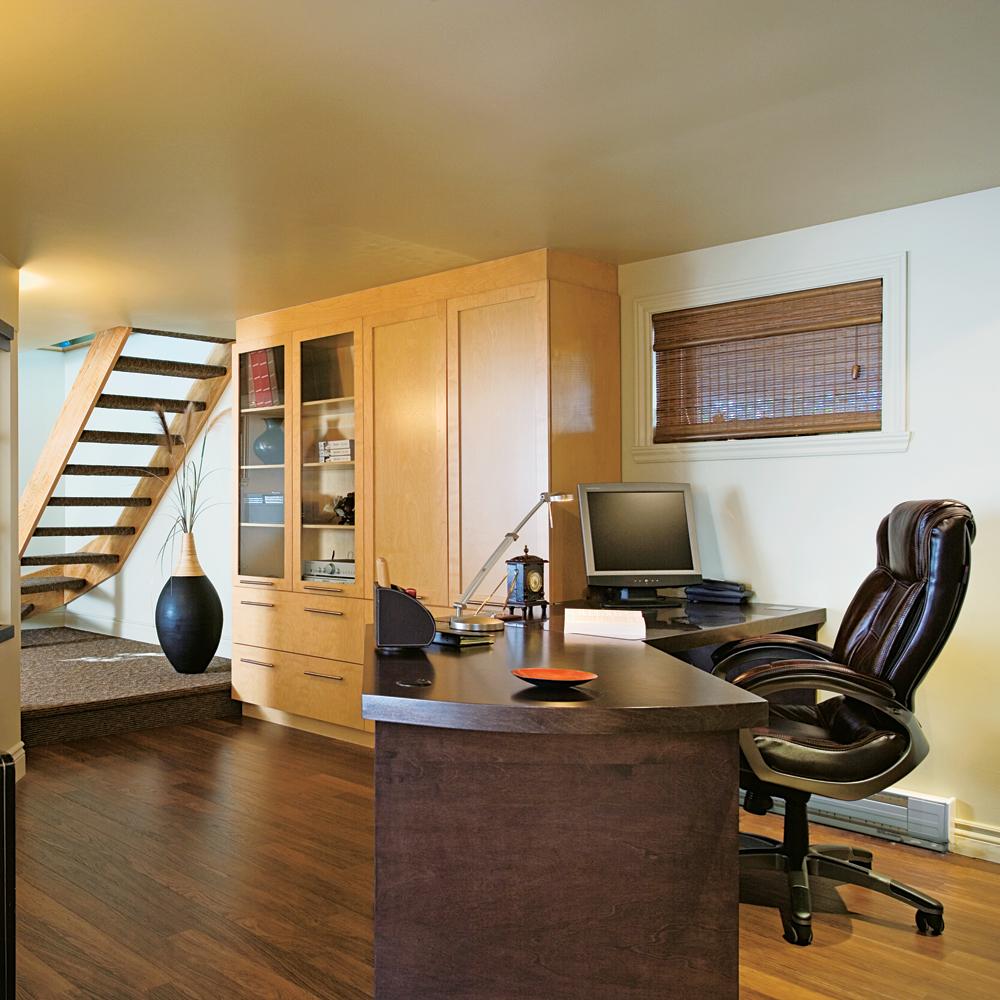 d coration bureau sous sol d co sphair. Black Bedroom Furniture Sets. Home Design Ideas