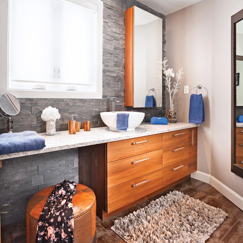 Salle de bain pratique meilleures images d 39 inspiration for Salle de bain new york