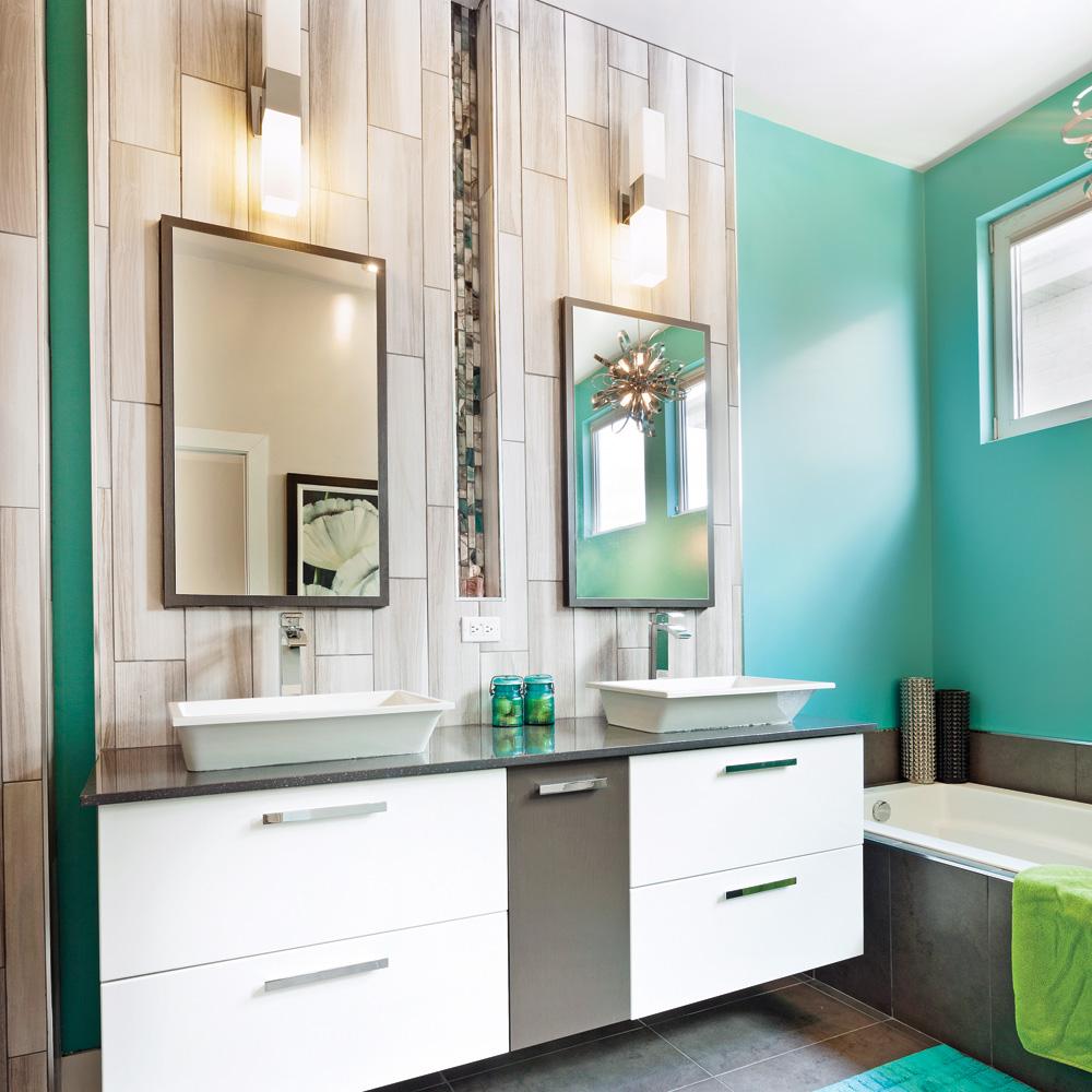 chaleureuse combinaison dans la salle de bain salle de bain avant apr s d coration et. Black Bedroom Furniture Sets. Home Design Ideas