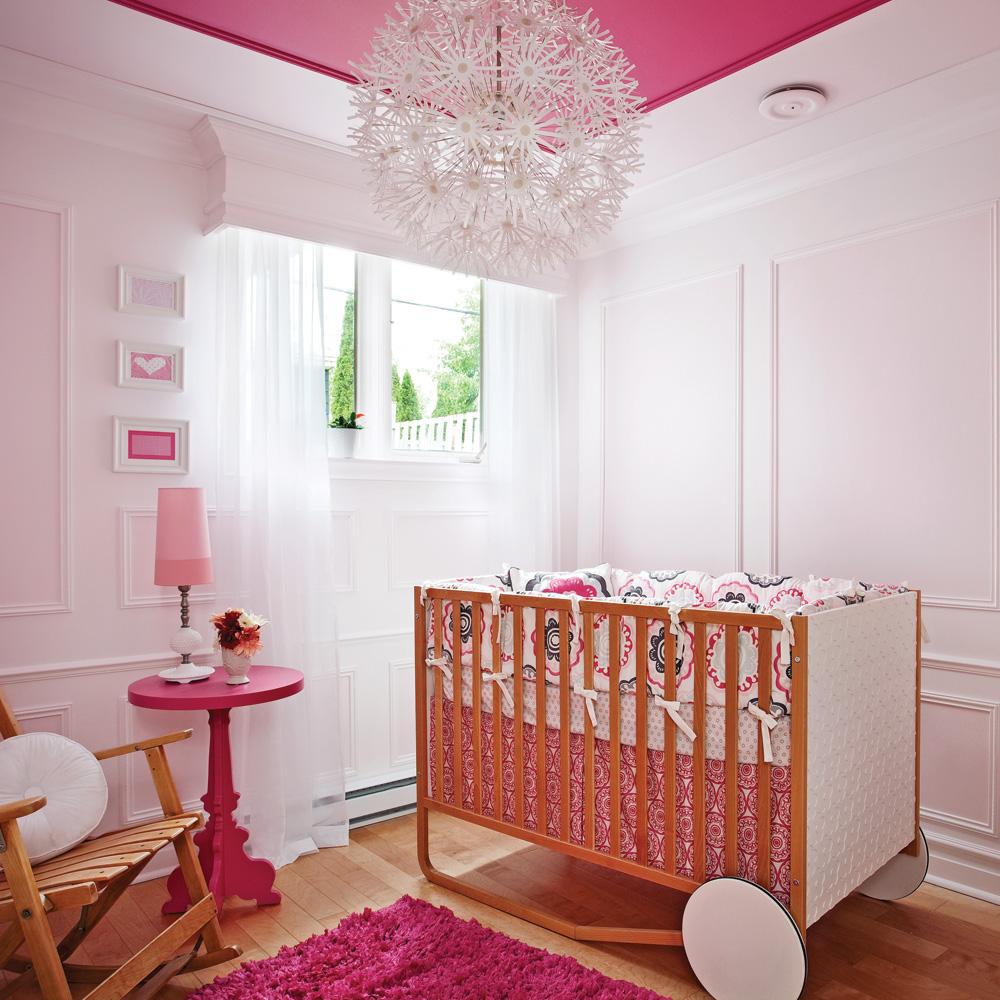 decoration chambre bebe fille gris et rose. Black Bedroom Furniture Sets. Home Design Ideas
