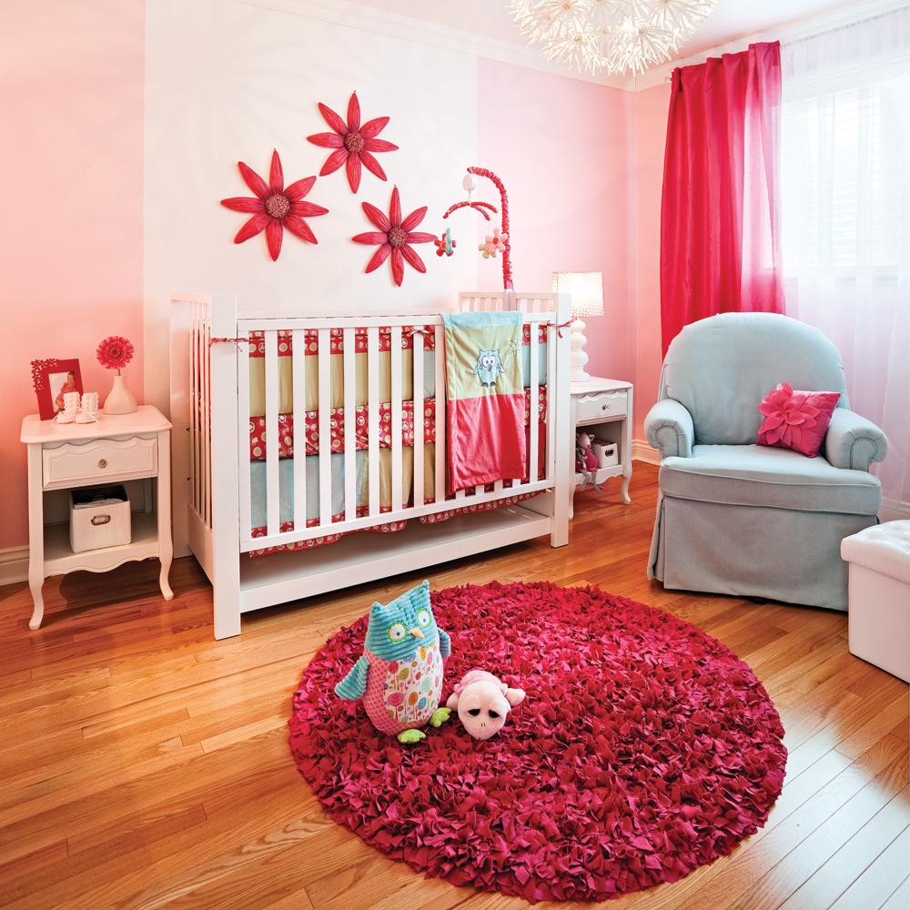 Chambre de b b pour petite poup e chambre for Petite chambre de bebe