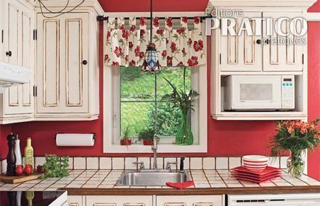 comment decorer une cuisine ancienne. Black Bedroom Furniture Sets. Home Design Ideas