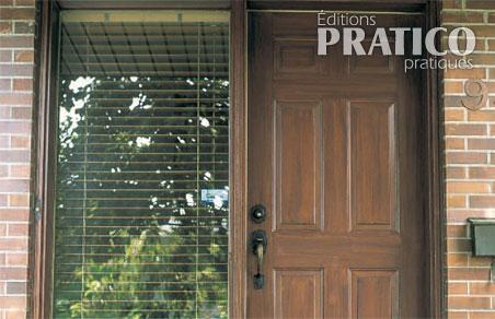 comment faire une imitation de bois sur une porte ext rieure en tapes d coration et. Black Bedroom Furniture Sets. Home Design Ideas