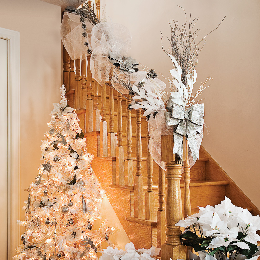 Escalier sur le th me du no l blanc inspirations for Les decorations de noel