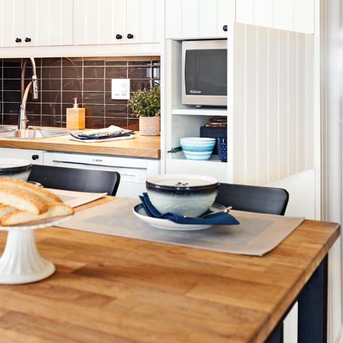 Espace r organis en cuisine cuisine avant apr s for Comptoir de la forme la garde