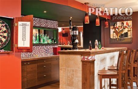 C ramiques et boiseries pour le bar sous sol inspirations d coration et r novation for Bar sous sol maison
