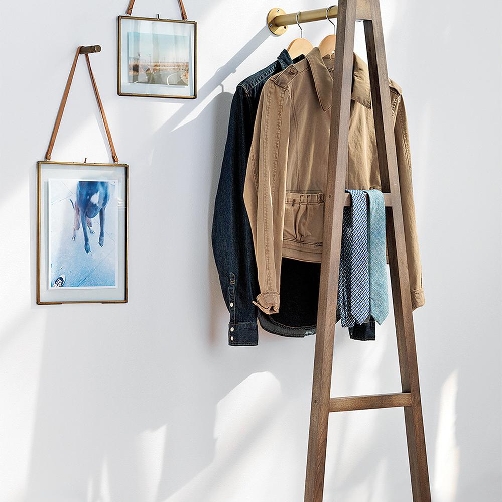 l 39 chelle de rangement rangement inspirations. Black Bedroom Furniture Sets. Home Design Ideas