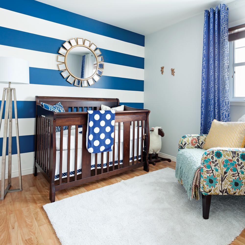 Magiques rayures dans la chambre de b b chambre for La chambre de bebe