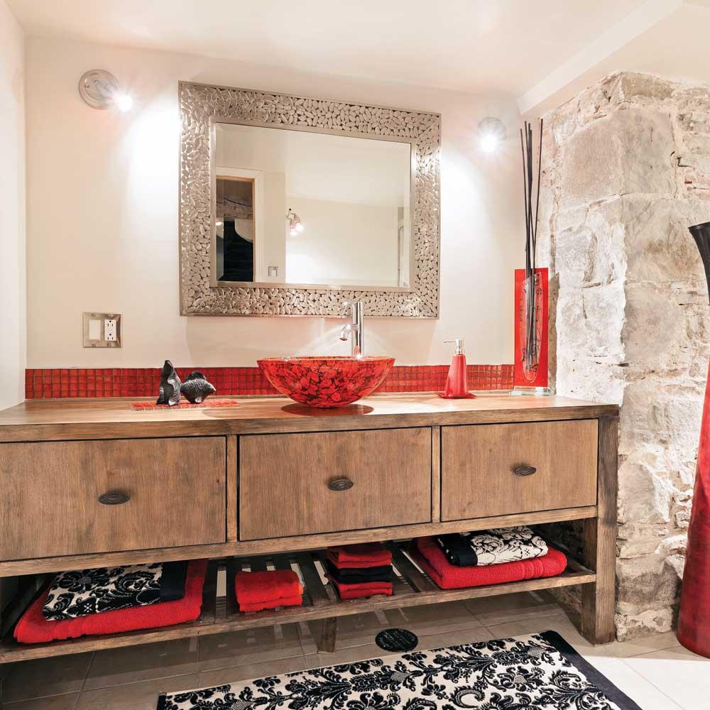 M lange rustico urbain pour la salle de bain salle de for Salle de bain urbaine