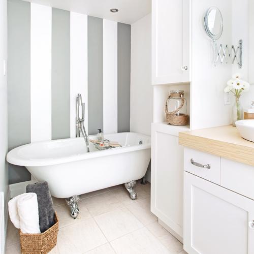 Petite salle de bain blanche salle de bain - Deco salle de bain blanche ...