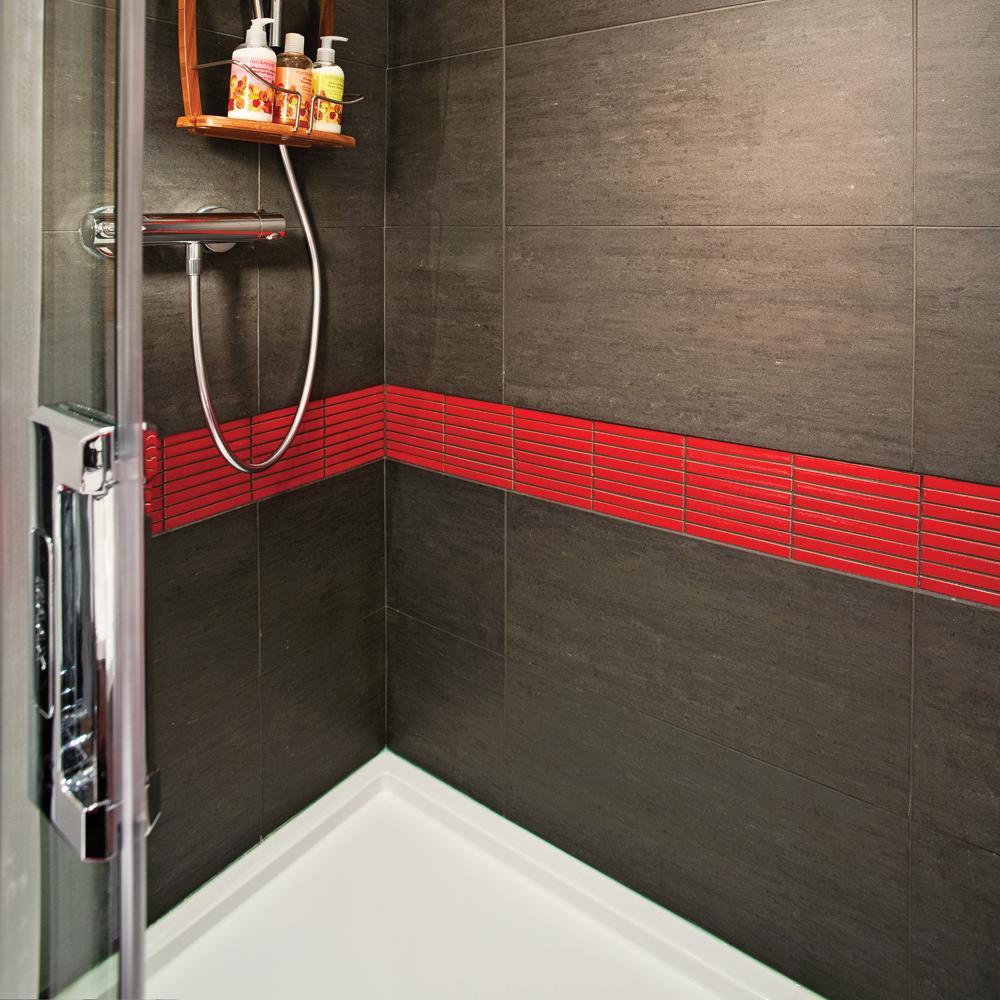 en tapes poser une membrane d 39 tanch it pour la douche en tapes d coration et r novation. Black Bedroom Furniture Sets. Home Design Ideas