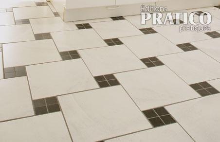 poser un plancher de c ramique en tapes d coration et. Black Bedroom Furniture Sets. Home Design Ideas