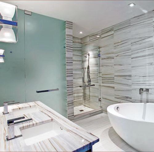 Ceramique bois de grange for Ceramique murale salle de bain