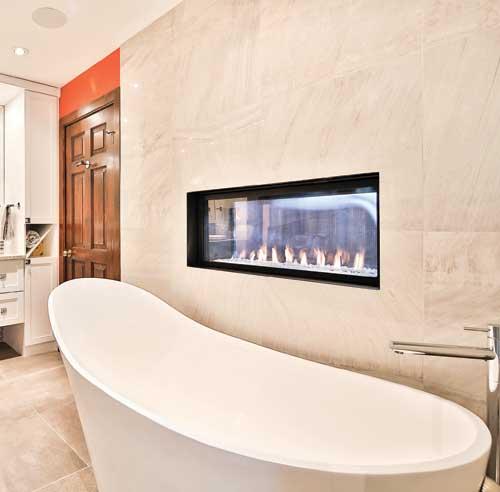 le top 10 des tendances pour la salle de bain trucs et With salle de bain design avec cheminées électriques décoratives