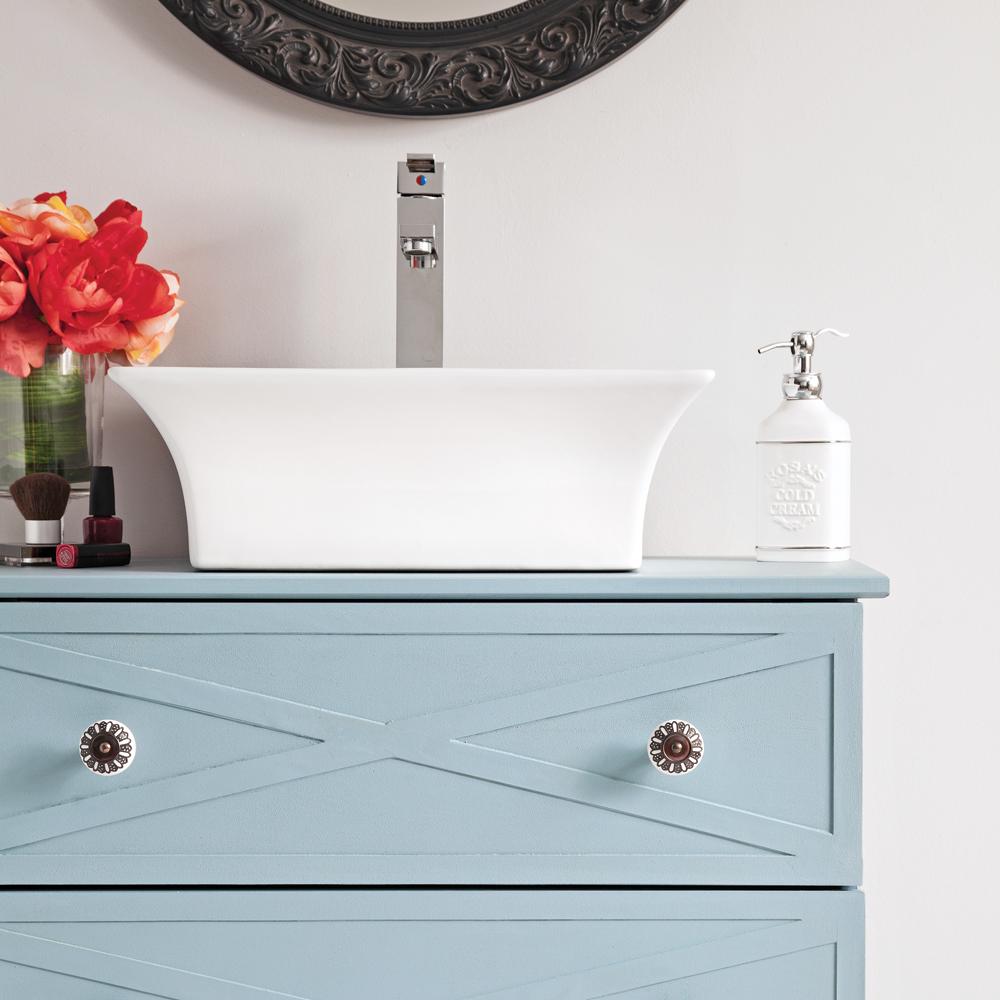 En tapes transformer une commode en meuble lavabo en for Meuble lavabo