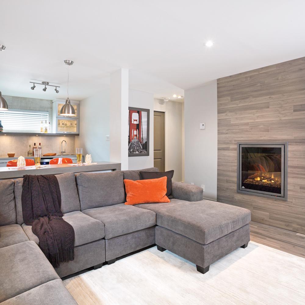 un beau manteau de bois au sous sol sous sol. Black Bedroom Furniture Sets. Home Design Ideas