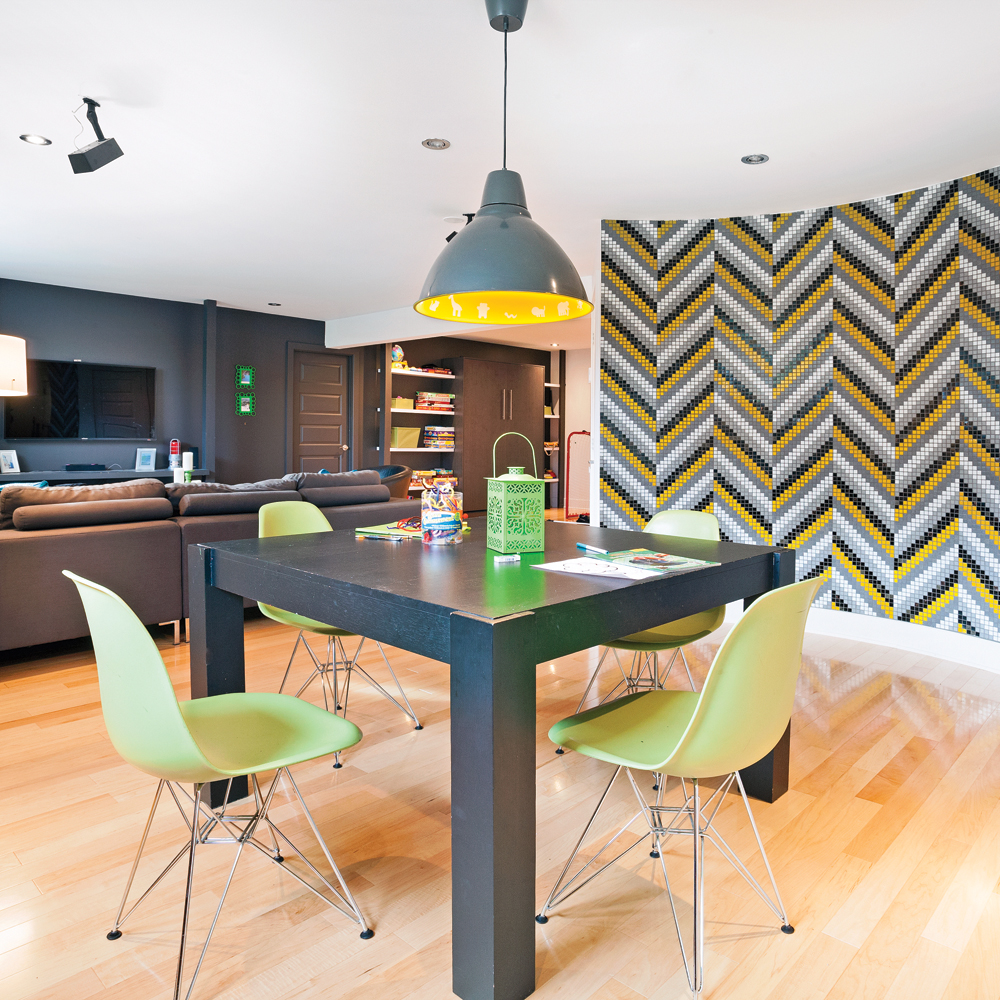 un sous sol familial et contemporain sous sol avant. Black Bedroom Furniture Sets. Home Design Ideas