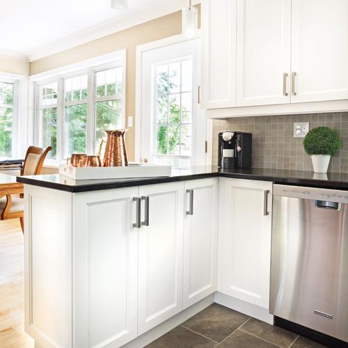 Une cuisine actualis e co t douillet cuisine avant - Cout renovation cuisine ...