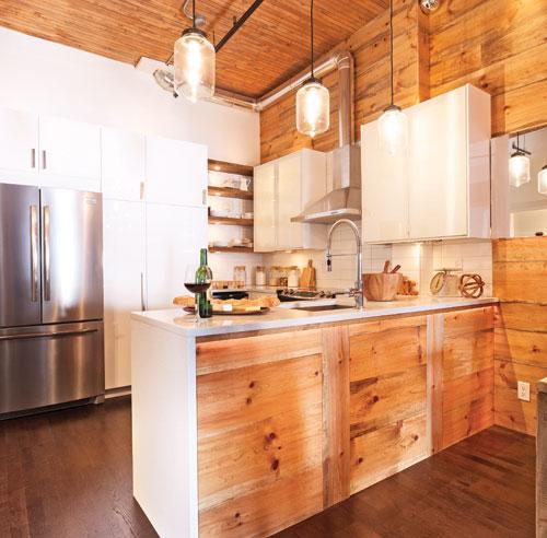 Cuisine au bois mobilier de cuisine au bois rond for Armoire de cuisine rustique chic