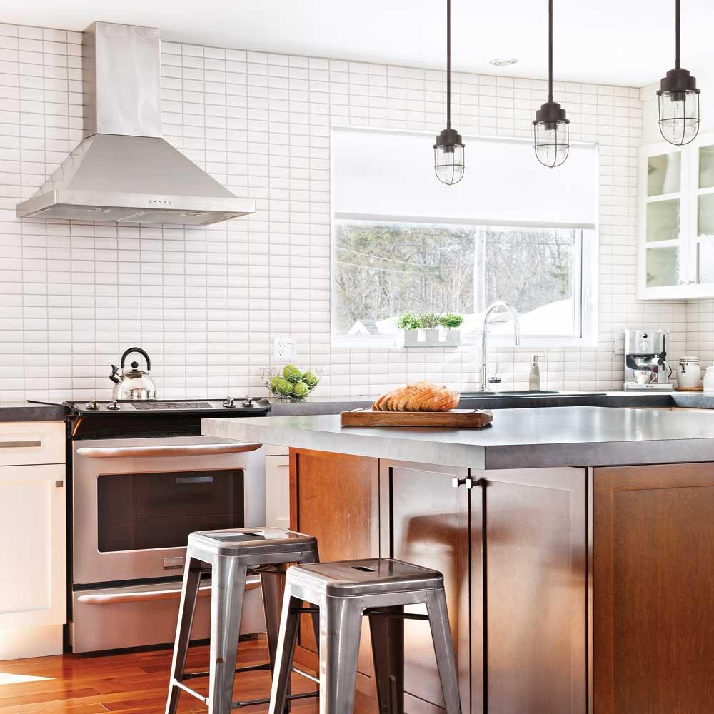 Shopping une cuisine lumineuse et intemporelle trucs et conseils d coration et r novation - Cuisine intemporelle ...