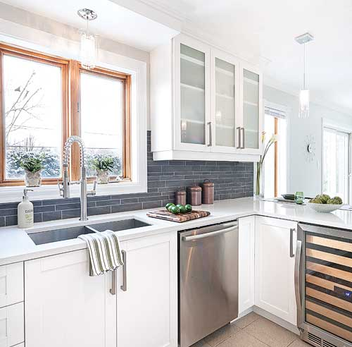 Cuisine relooke photos changer le plan de travail for Changer les portes de sa cuisine