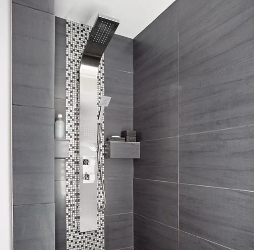 Une salle de bain deux ambiances salle de bain - Salle de bain avec douche en ceramique ...