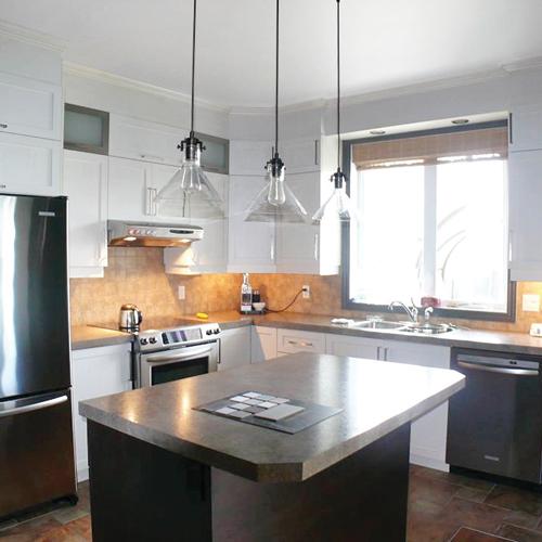une transfo petit prix dosseret b ton dans la cuisine je d core. Black Bedroom Furniture Sets. Home Design Ideas