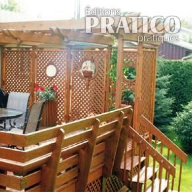 Pr cieuse intimit sur le patio patio inspirations for Patio exterieur modele