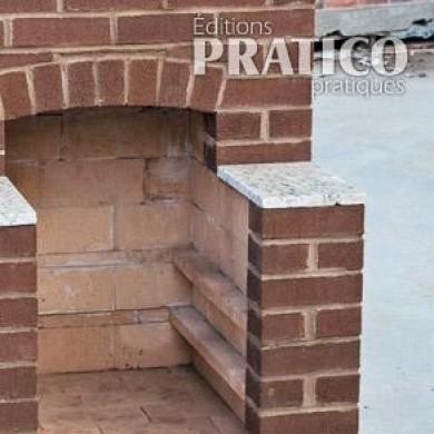 R aliser un foyer de briques pour l 39 ext rieur en tapes for Modele de foyer exterieur en brique