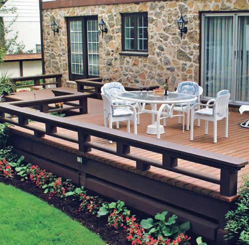 30 styles de garde corps pour un look unique patio inspirations jardinage et ext rieur. Black Bedroom Furniture Sets. Home Design Ideas