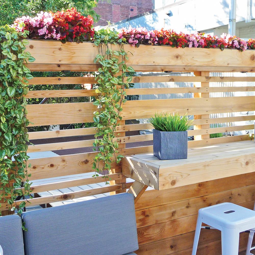 balcon tout de bois v tu patio inspirations. Black Bedroom Furniture Sets. Home Design Ideas