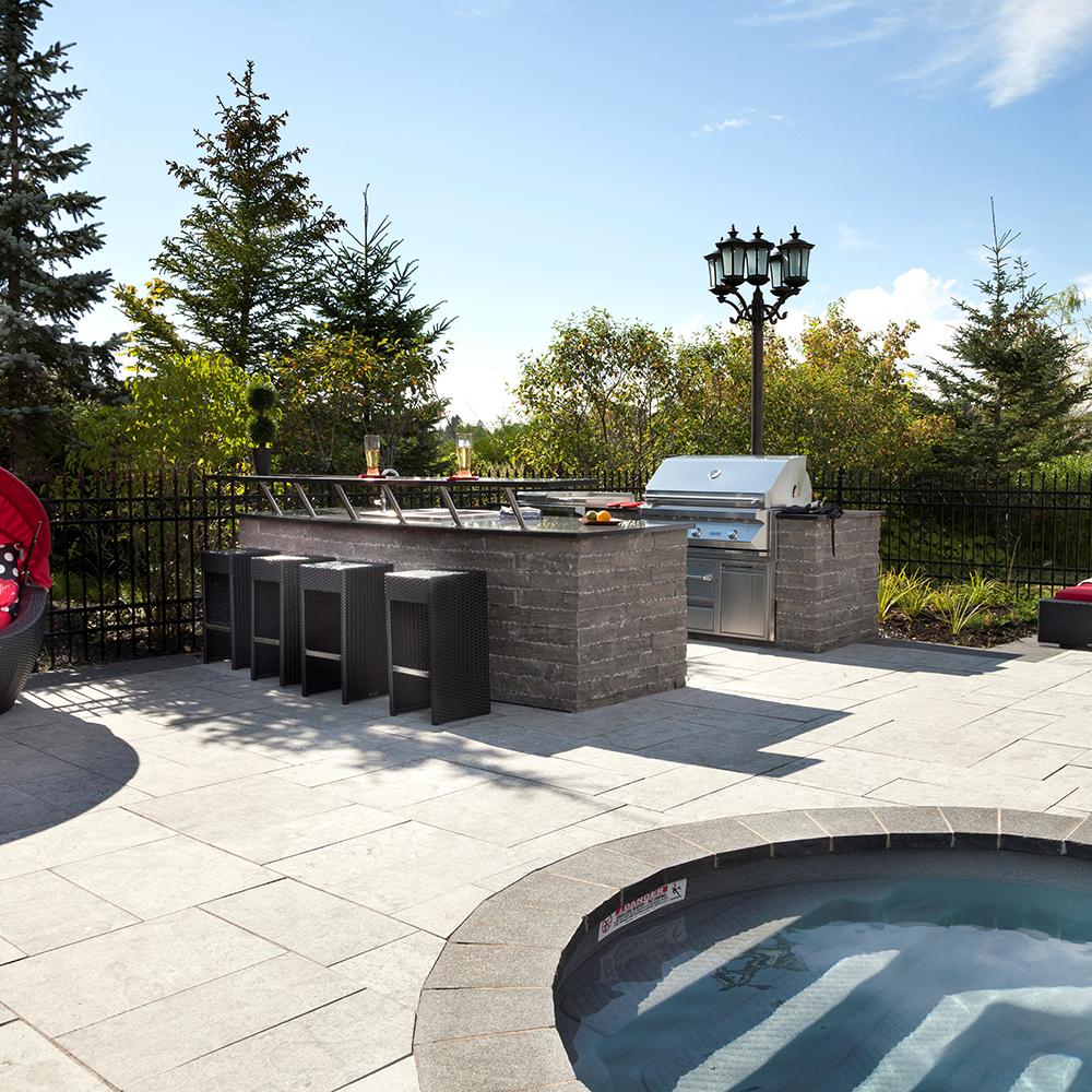 Coin bar la piscine cour inspirations jardinage et - Bar exterieur pour piscine ...