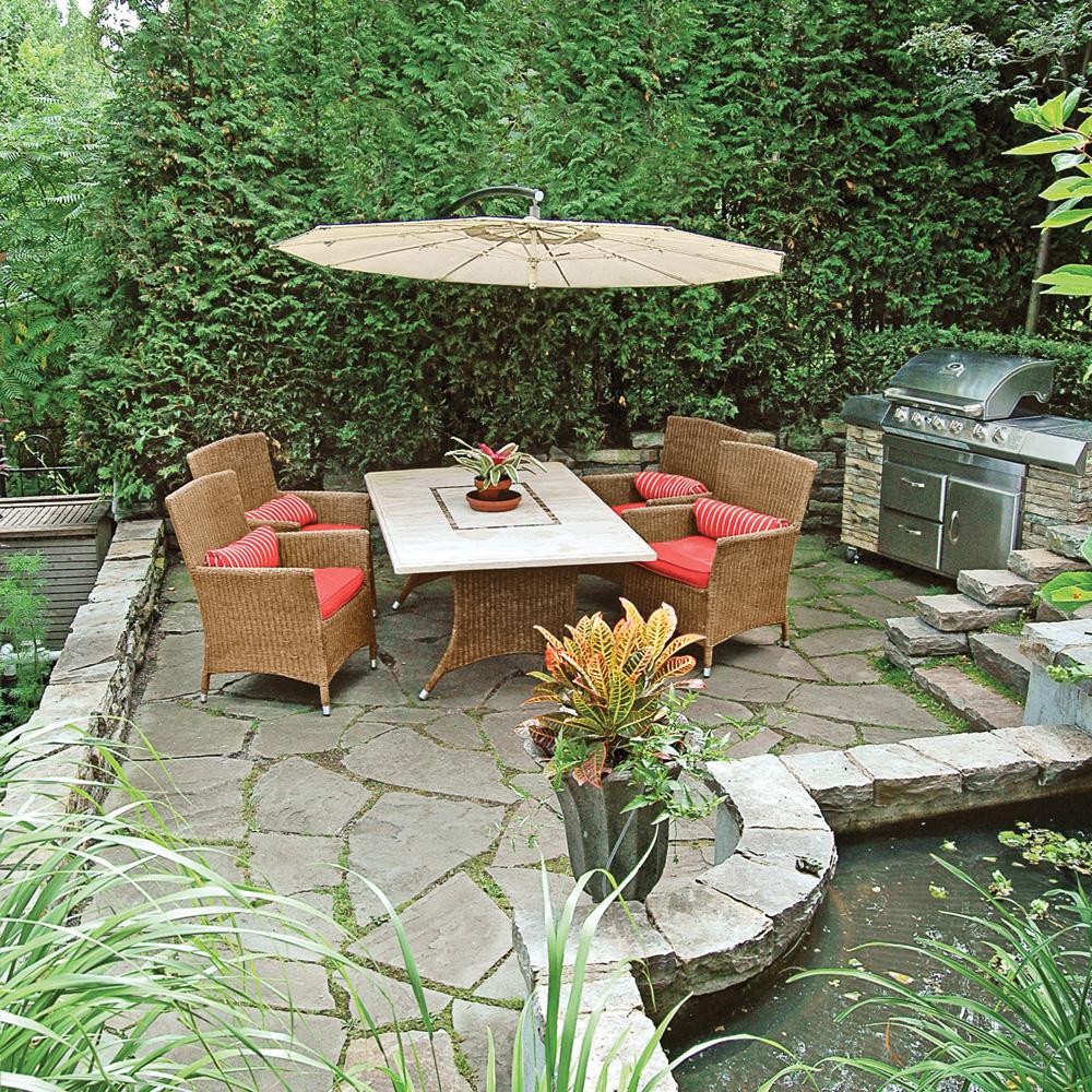 coin repas saveur exotique patio inspirations. Black Bedroom Furniture Sets. Home Design Ideas