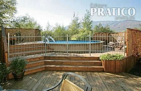 Construction d 39 un deck de piscine - Nettoyer piscine hors terre ...