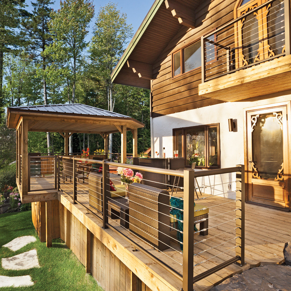 En tapes faites votre patio avec notre expert en for Modele de patio exterieur en bois