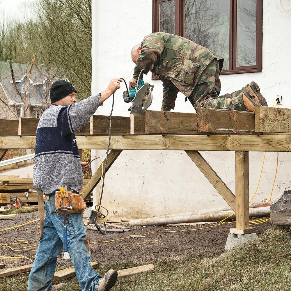 En tapes faites votre patio avec notre expert en for Couvre plancher pour patio exterieur