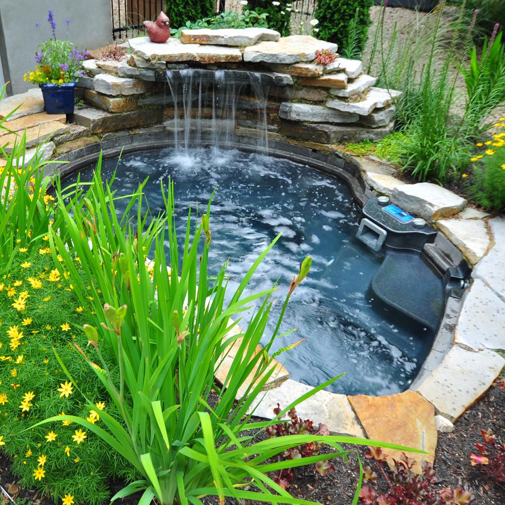 Jardin proven al cour inspirations jardinage et for Exterieur provencal