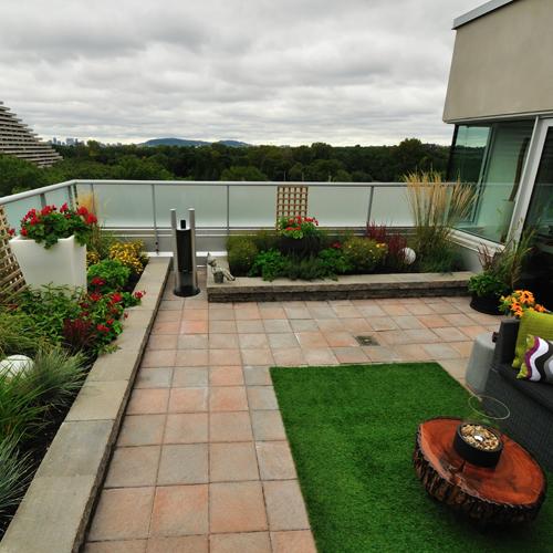 Jardin urbain suspendu patio inspirations jardinage for Jardin urbain moderne