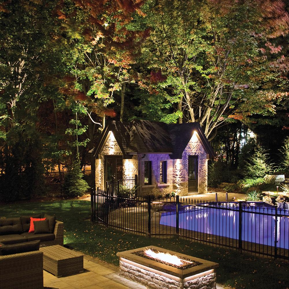 Lumi re sur l 39 clairage del jardin inspirations - Lumiere jardin exterieur ...