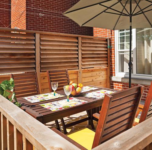 Un palier bien prot g patio inspirations jardinage for Persienne exterieur