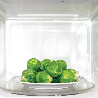 Bonne ou mauvaise la cuisson au micro ondes nutrition for Cuisson legumes au micro ondes