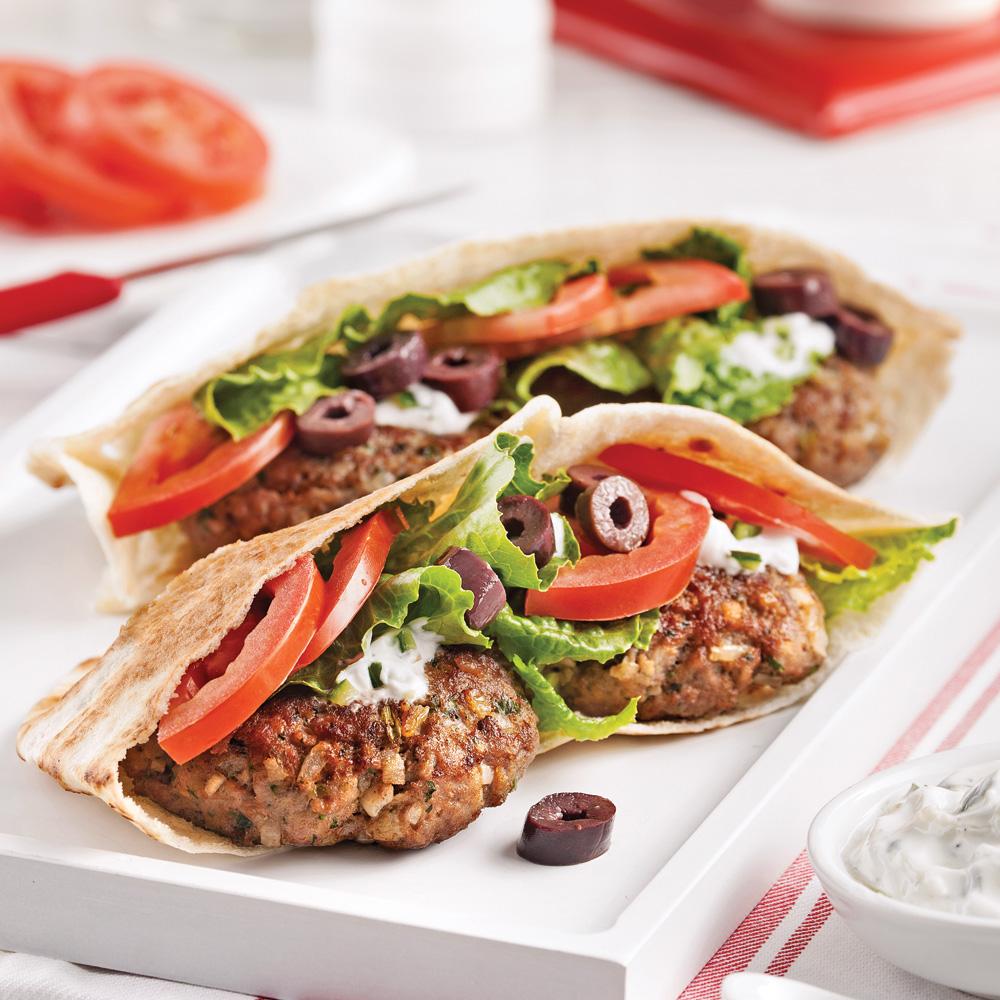 Chaise Cuisine Framboise : Pita burgers à la grecque  Recettes  Cuisine et nutrition  Pratico