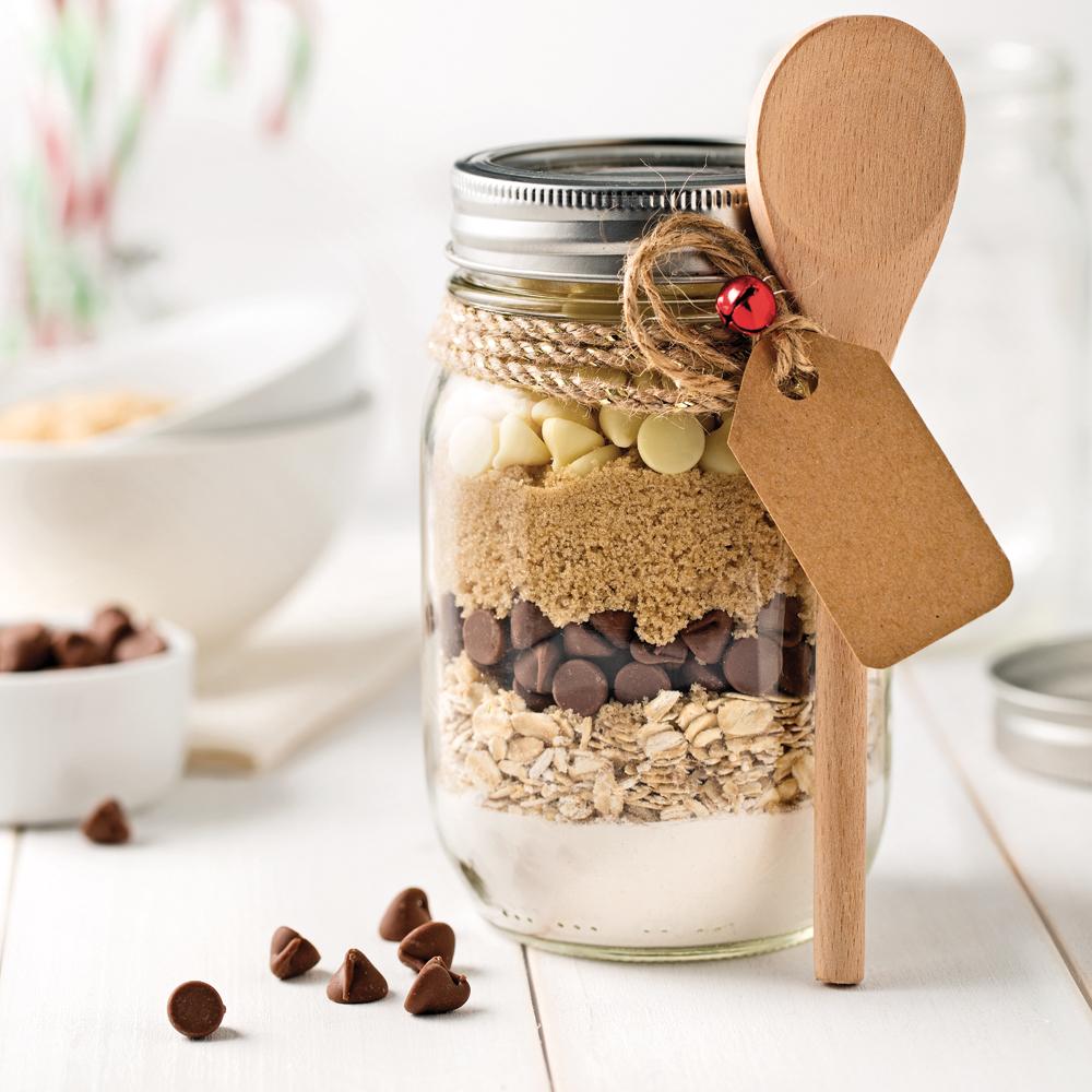 pot de pr paration pour biscuits aux p pites de chocolat et flocons d 39 avoine recettes. Black Bedroom Furniture Sets. Home Design Ideas
