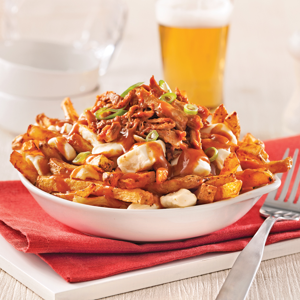 La poutine, un plat pour les Québécois de sauce ! Vous connaissez ? Poutine-au-porc-effiloche