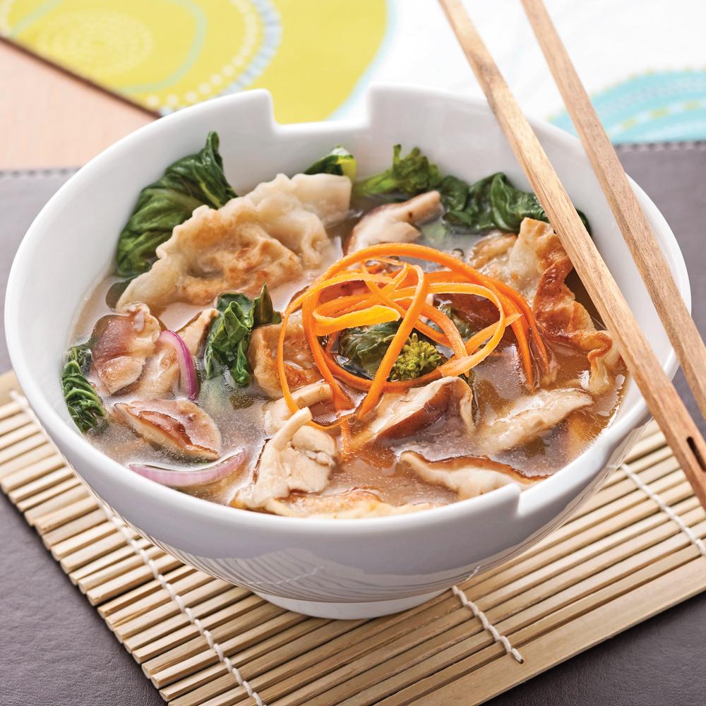 soupe repas aux raviolis chinois recettes cuisine et nutrition pratico pratique. Black Bedroom Furniture Sets. Home Design Ideas